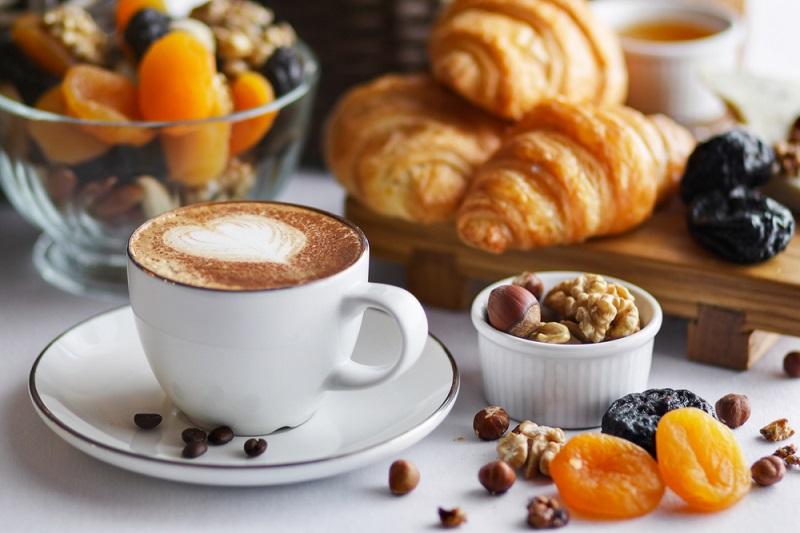 Лучший завтрак для тех, у кого выпирает живот (супруг завтракает только так). Тайный ингредиент сделает тебя стройной