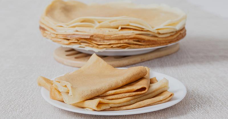Блины на майонезе «Нежные» готовлю каждый день, никогда не рвутся, жарю без масла на сухой сковороде. Без капли молока, весь фокус в майонезе