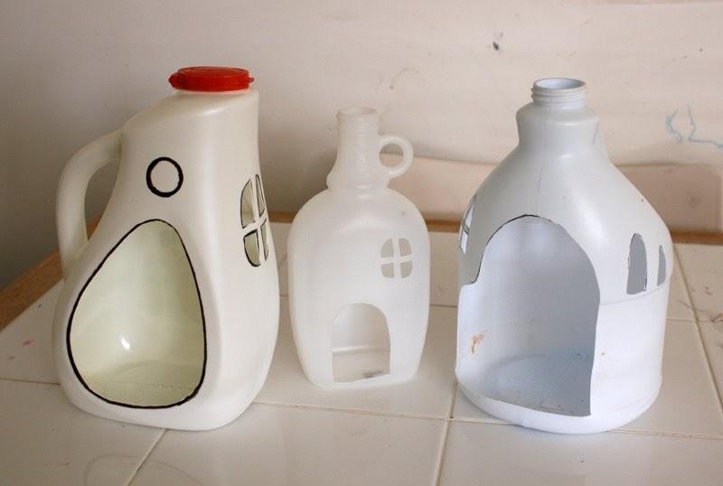 Почему не стоит выбрасывать пластиковые бутылки из-под моющих средств