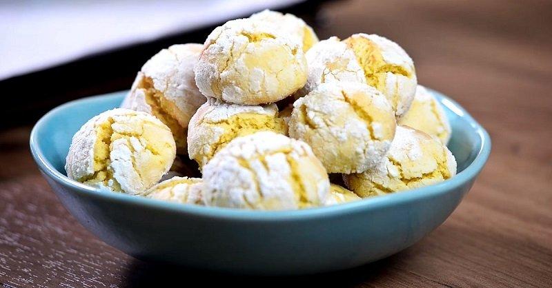 Десерт из 200 мл кефира, 1 лимона и 2 яиц от худых довольных хозяек