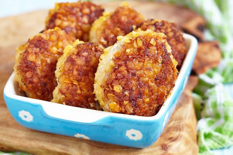 На что расходовать печень? Куриная, свиная, говяжья — всякая может стать гвоздем меню. Выбирай, что приготовишь уже завтра.