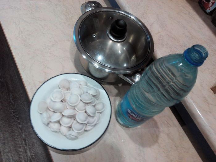 Как «правильно» варить пельмешки, и почему нужно добавлять в процессе стакан холодной воды