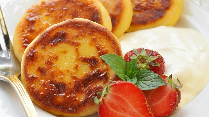 Три новых рецепта сырников: идеальное блюдо к завтраку готовлю как профи!