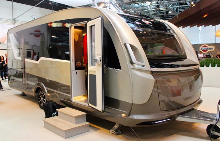 Немцы из Mercedes-Benz показали, какие надо создавать трейлеры для отдыха