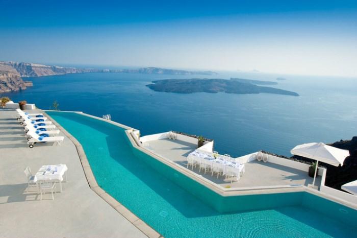 7 красивейших бассейнов на планете, которые заменят купание на море