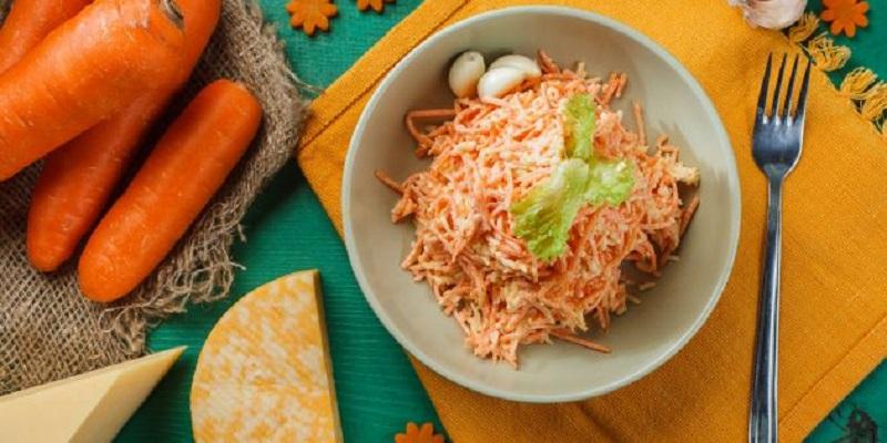 8 рецептов салатов из моркови: на праздник и в будни