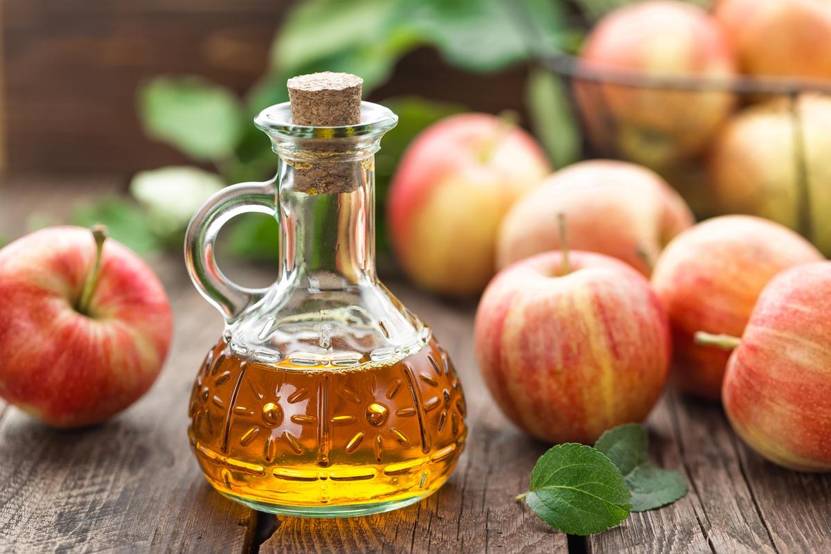 Яблочный уксус: польза и противопоказания