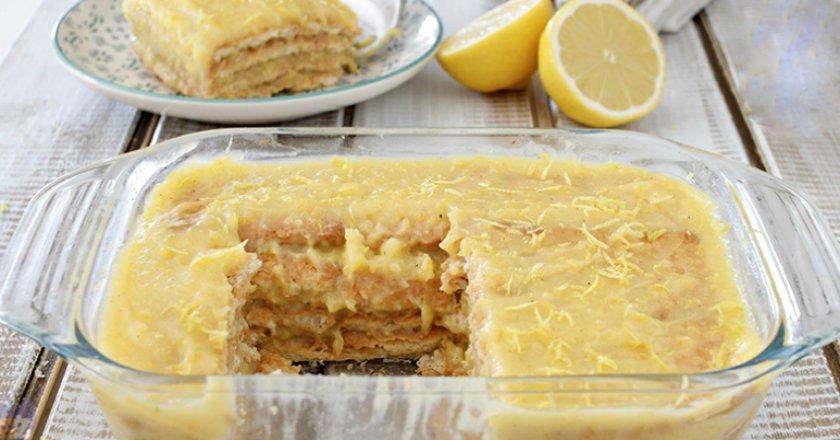 Простой способ приготовления торта без выпечки: 10 минут на готовку, час на пропитку!