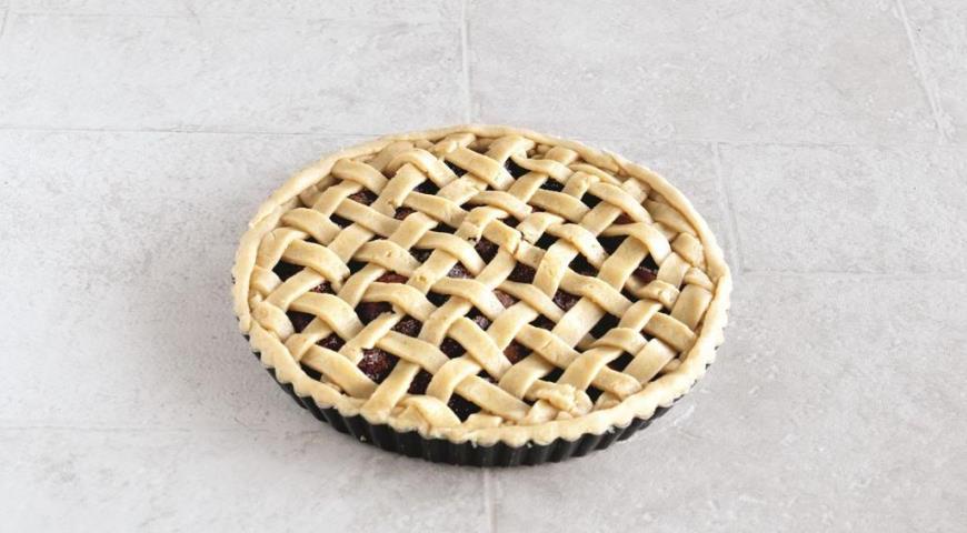 Пирог со сливами в духовке