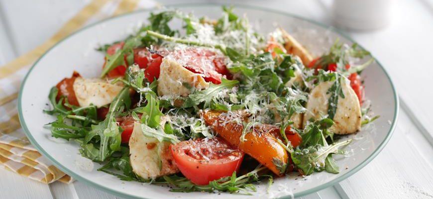 5 безупречных салатов с моцареллой
