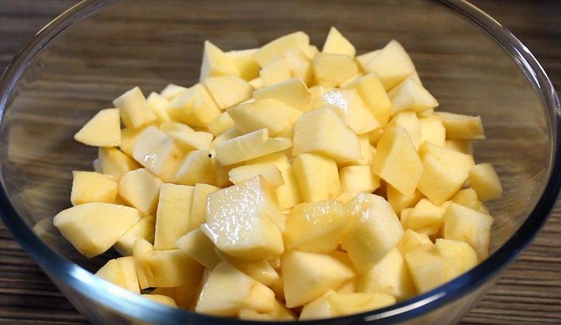 Как приготовить яблочный пирог со сливочным вкусом
