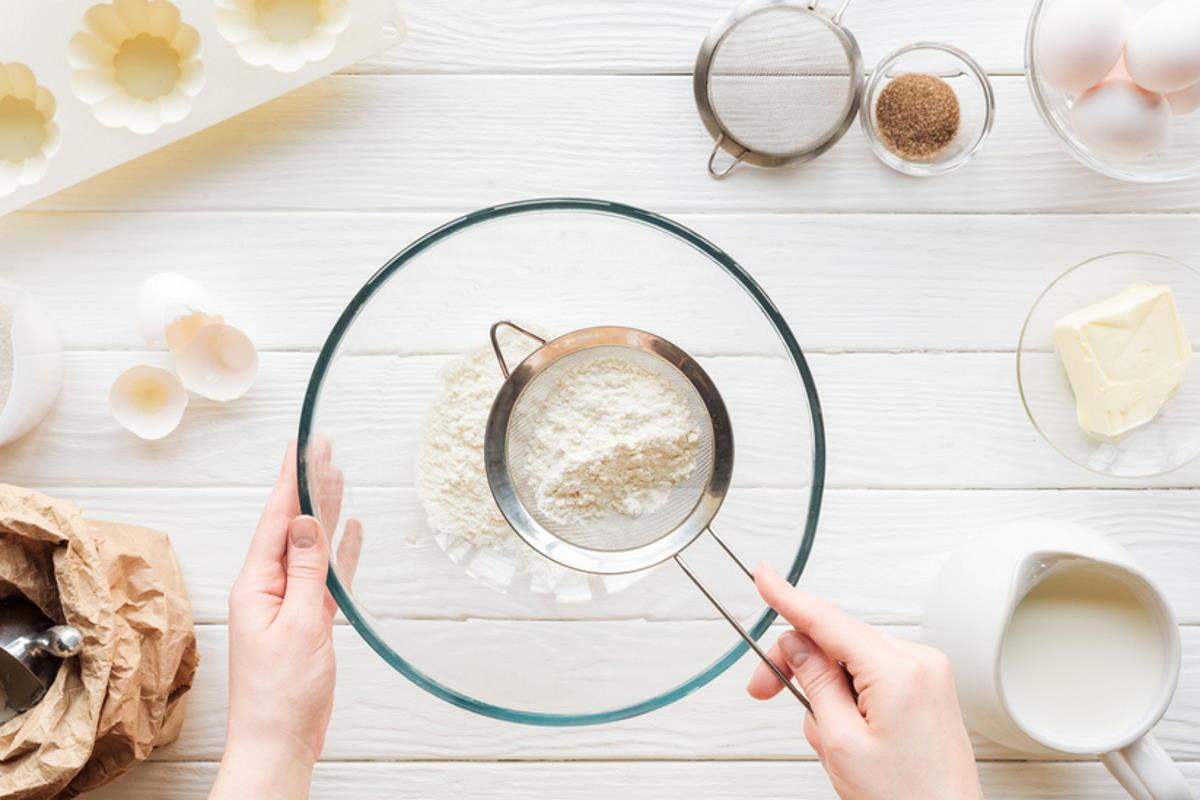 Три удачных рецепта шарлоток без миксера