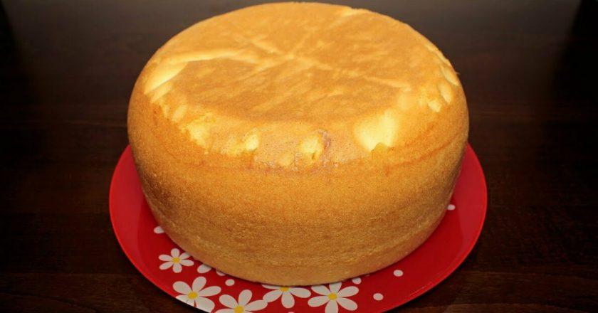 Как приготовить пышный бисквит. Без яиц — это важно!