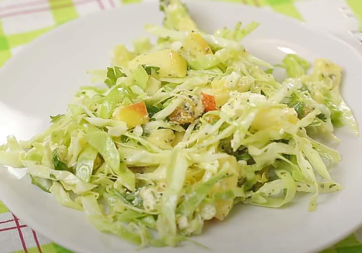 Салаты из свежей капусты — 17 простых и вкусных рецептов