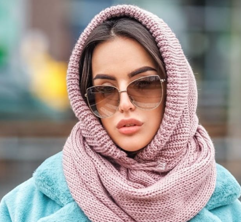Зимние головные уборы: из женщины в бабушку за минуту