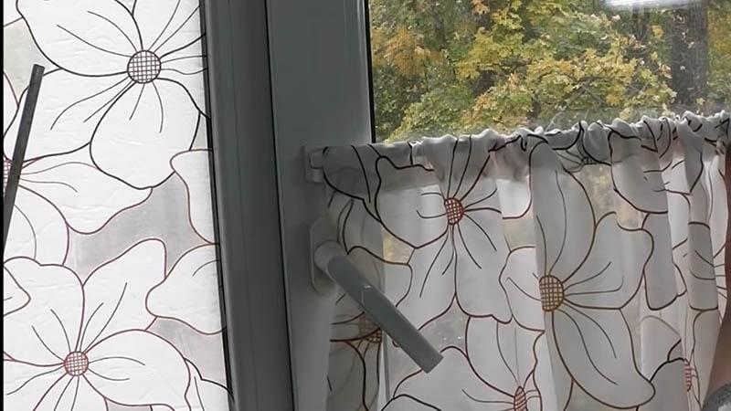 Лайфхаки со шторами: удачные идеи, как повесить штору без карниза и не только