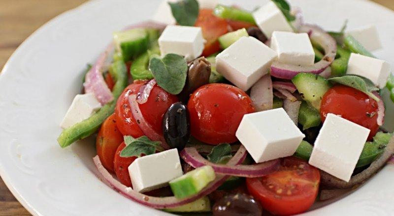 5 классных салатов, которые готовятся за 15 минут