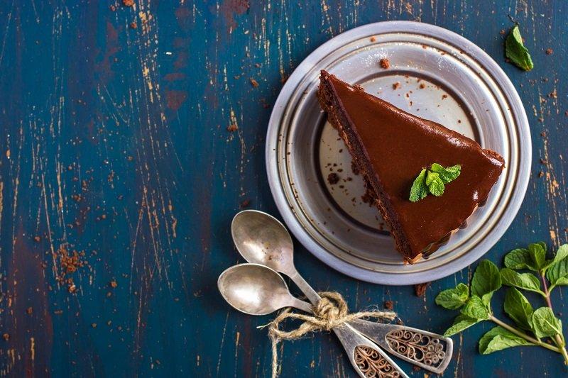 Рецепт торта без муки и без выпечки «Надо спешить на работу»