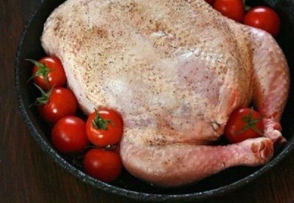 Как сделать обычную курицу королевой праздничного стола? Подсказки, которые выручат, когда на деликатесы не хватает средств.