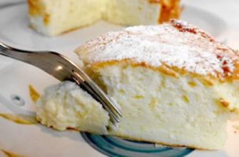 Пирог на йогурте из четырех яиц, что будет в четыре раза вкуснее маминой шарлотки