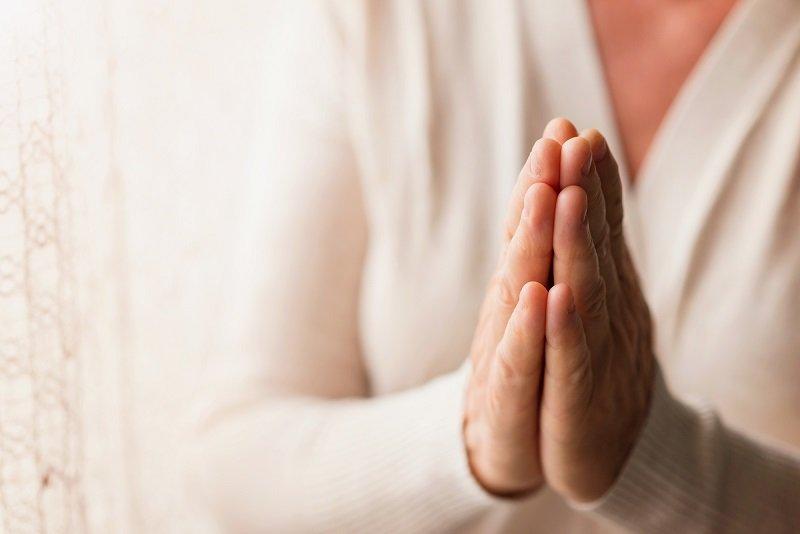 Сильные молитвы для избавления от любых зависимостей