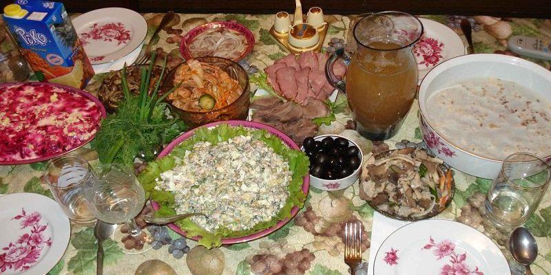 Какие блюда на праздничном столе выдают скупую хозяйку