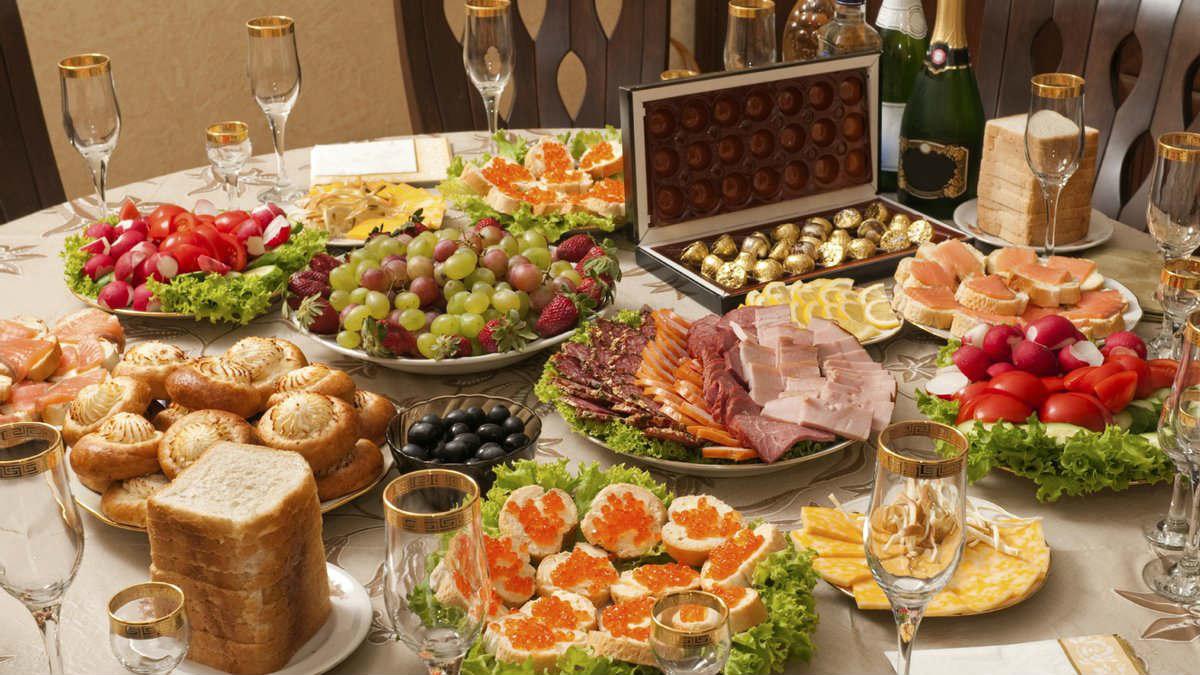 Что не так с праздничными нарезками и можно ли подавать их к столу