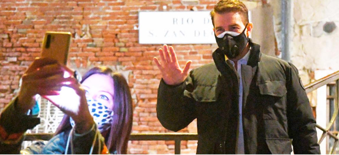 Как правильно носить две маски, чтобы защититься от COVID-19