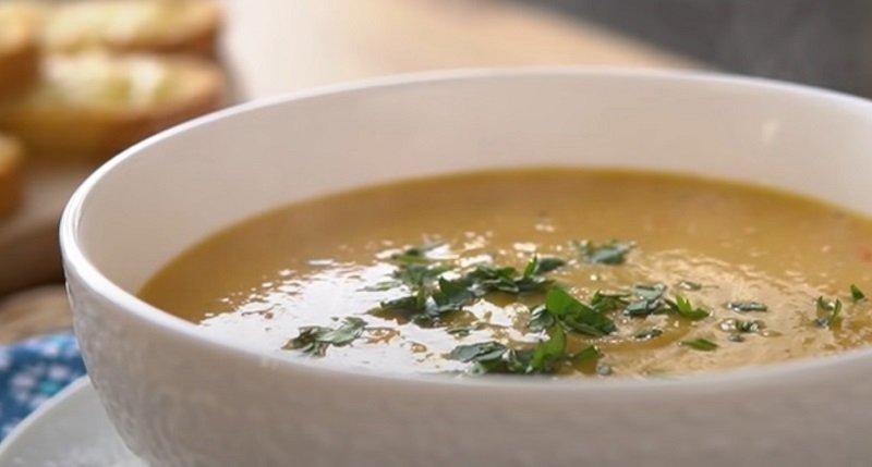 Быстрый суп из чечевицы, что готовится практически сам