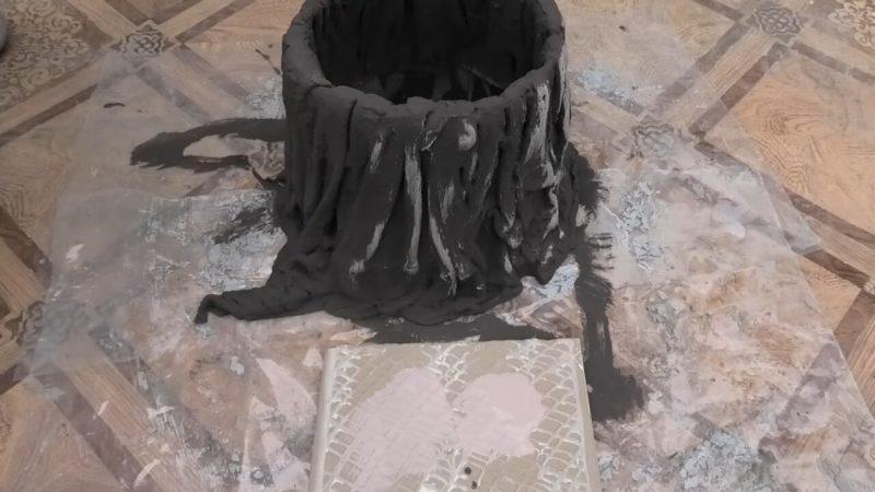 Великолепные кашпо для декора дачного участка из ставших ненужными вещей