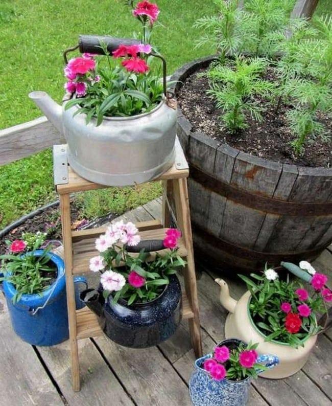 Простые и гениальные идеи для сада из ненужных вещей