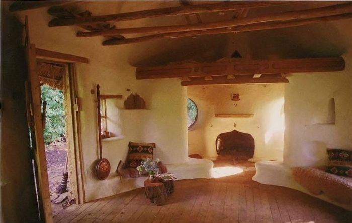 Бывший учитель построил отличный дом, потратив всего 250 дол.