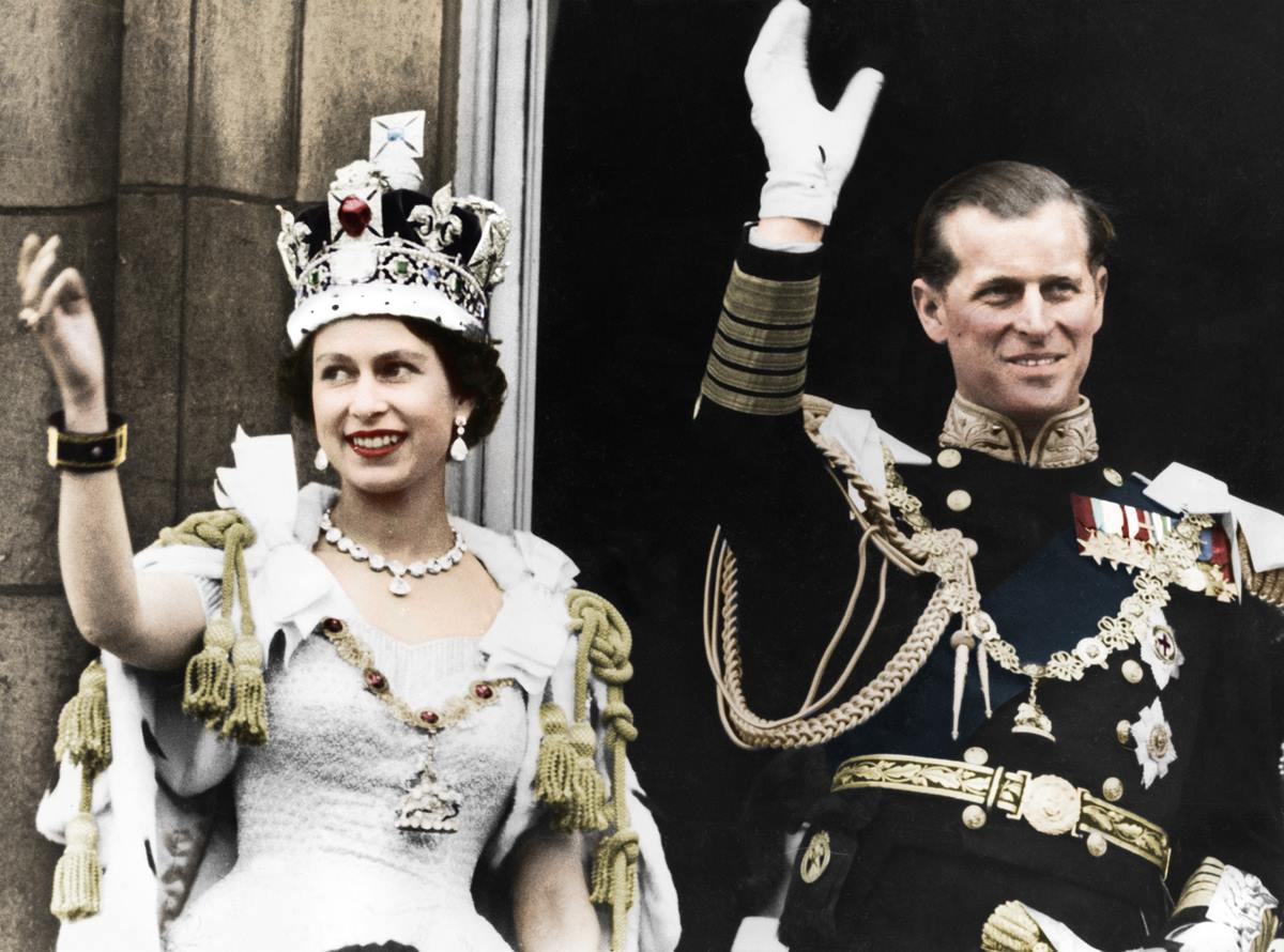 Как принц Филипп отрекся от титулов и стал опорой и поддержкой королевы до последних дней
