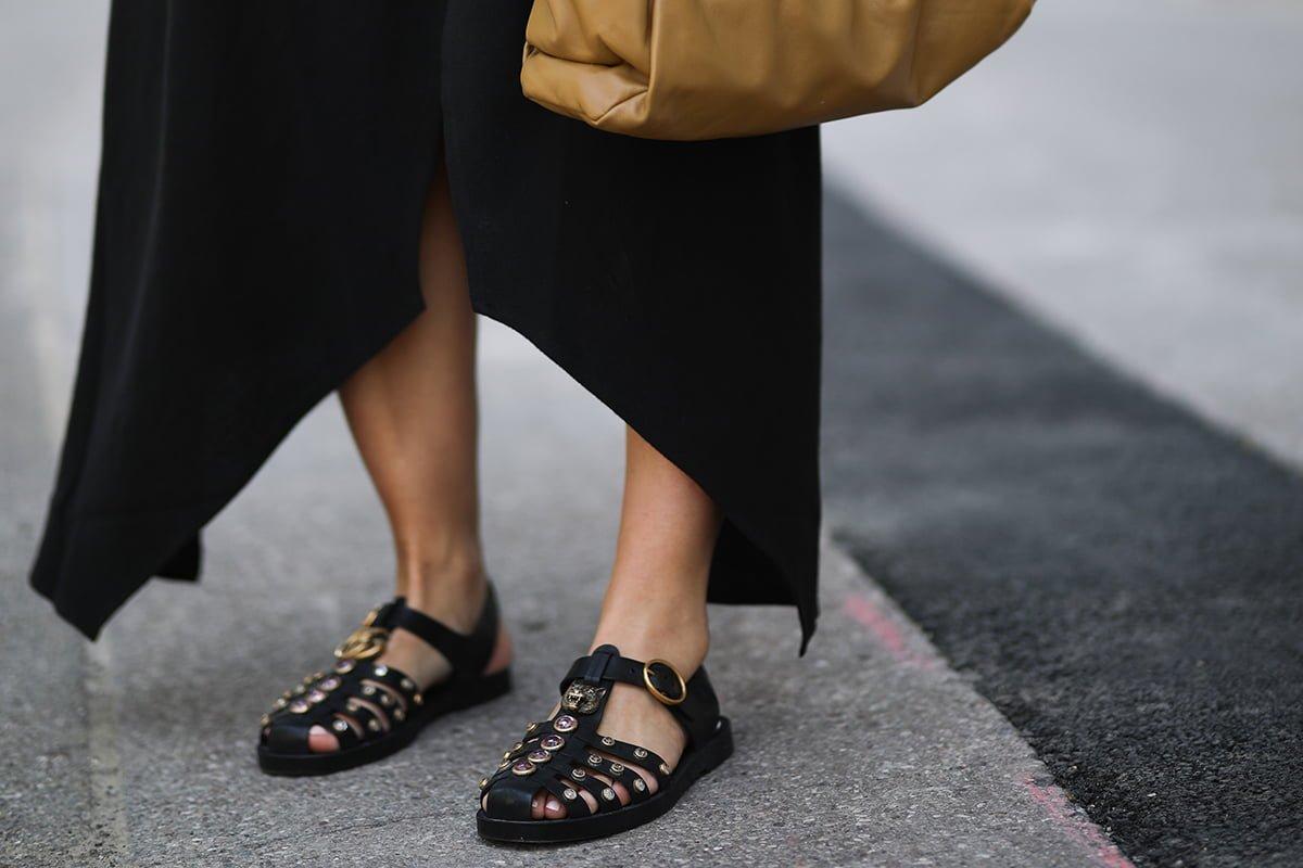 Почему в шпильках и на каблуках продолжают ходить лишь колхозницы