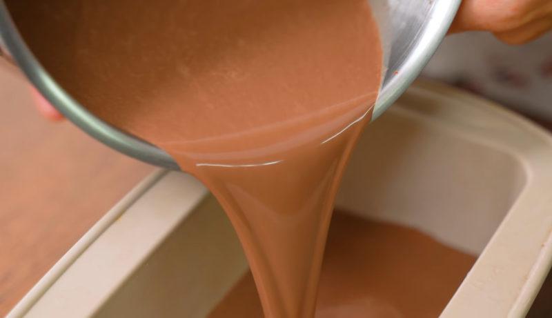 Шоколадный десерт без выпечки из 4-х ингредиентов - идеальный вариант для летней жары
